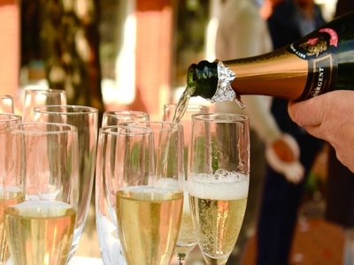 alcoholvrij cava prosecco bubbels champagne catering evenement event feest trouw receptie beurs